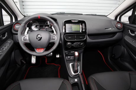 essai clio rs trophy 2016 un restylage sans d rapage l. Black Bedroom Furniture Sets. Home Design Ideas