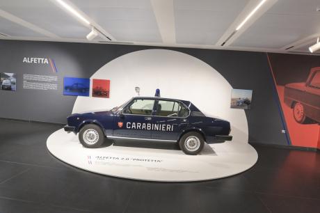 Alfa Romeo Alfetta 2.0 Carabinieri blindée