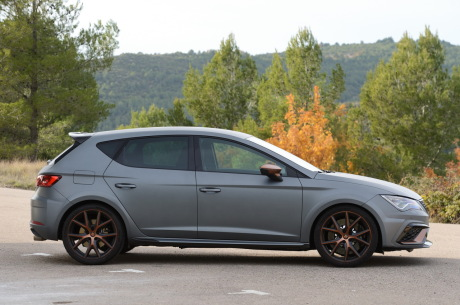 fiche technique seat leon cupra r l 39 argus. Black Bedroom Furniture Sets. Home Design Ideas
