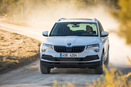 skoda karoq 2017 infos et photos sur le nouveau suv skoda l 39 argus. Black Bedroom Furniture Sets. Home Design Ideas