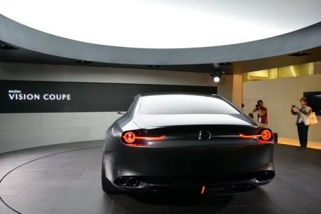 Avant-goût de la 6 — Mazda Vision Coupé