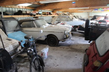 70 v hicules anciens retrouv s dans une grange en bretagne grand nord automobile. Black Bedroom Furniture Sets. Home Design Ideas