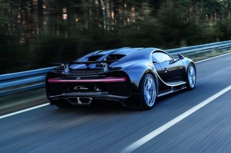 la bugatti chiron moins rapide que la veyron pas tout fait l 39 argus. Black Bedroom Furniture Sets. Home Design Ideas