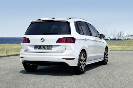 volkswagen golf sportsvan r line nouvelle finition sportive l 39 argus. Black Bedroom Furniture Sets. Home Design Ideas