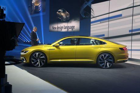 Volkswagen Arteon : première esquisse