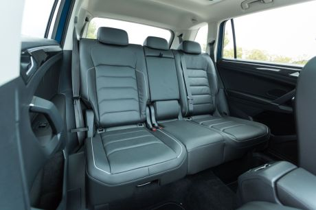 a bord du volkswagen tiguan allspace tdi 150 4motion dsg7 l 39 argus. Black Bedroom Furniture Sets. Home Design Ideas