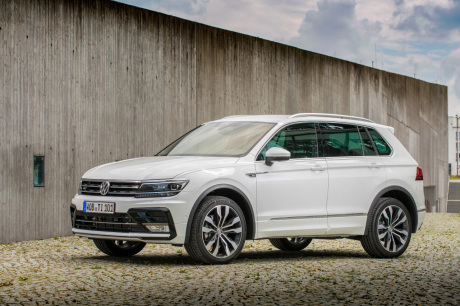 essai volkswagen tiguan 2 0 tdi 240 r line du tonus tout prix l 39 argus. Black Bedroom Furniture Sets. Home Design Ideas