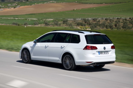 essai volkswagen golf sw gtd 2015 184 ch dans un break golf diesel l 39 argus. Black Bedroom Furniture Sets. Home Design Ideas