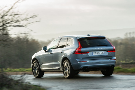 Volvo XC60 D4 2019 in bend