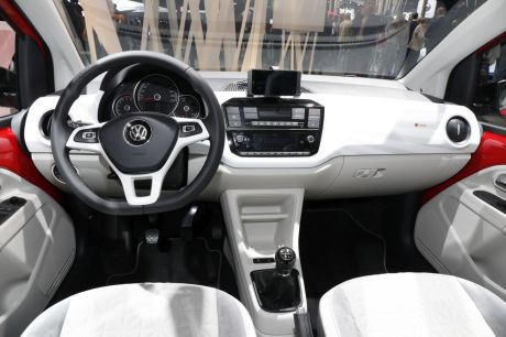 volkswagen up beat mondial paris 2016 intrieur