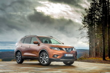 Nissan X-Trail orange