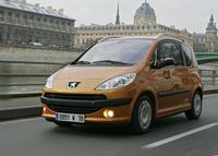 Peugeot 1007 une citadine gadget l 39 argus - Peugeot 1007 probleme porte coulissante ...