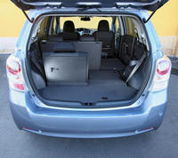 toyota verso 2 0 126 d 4d pens e pour les enfants l 39 argus. Black Bedroom Furniture Sets. Home Design Ideas