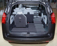 peugeot 5008 un plan sans accroc l 39 argus. Black Bedroom Furniture Sets. Home Design Ideas