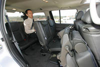 nissan pathfinder un baroudeur tr s civilis l 39 argus. Black Bedroom Furniture Sets. Home Design Ideas