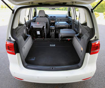 essai volkswagen touran 1 6 tdi 105 bluemotion l 39 argus. Black Bedroom Furniture Sets. Home Design Ideas