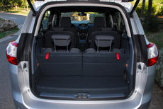 le ford c max voit grand pour offrir sept places l 39 argus. Black Bedroom Furniture Sets. Home Design Ideas