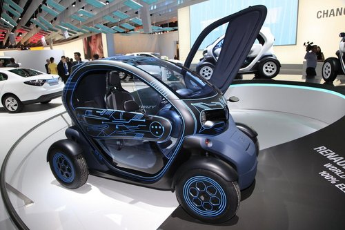 renault twizy ze concept entre deux mondes salon de l. Black Bedroom Furniture Sets. Home Design Ideas