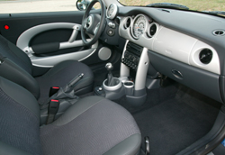 mini one d pack peugeot 206 hdi xs premium diesels de stars l 39 argus. Black Bedroom Furniture Sets. Home Design Ideas