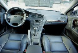 Volvo V70 - L\'argus