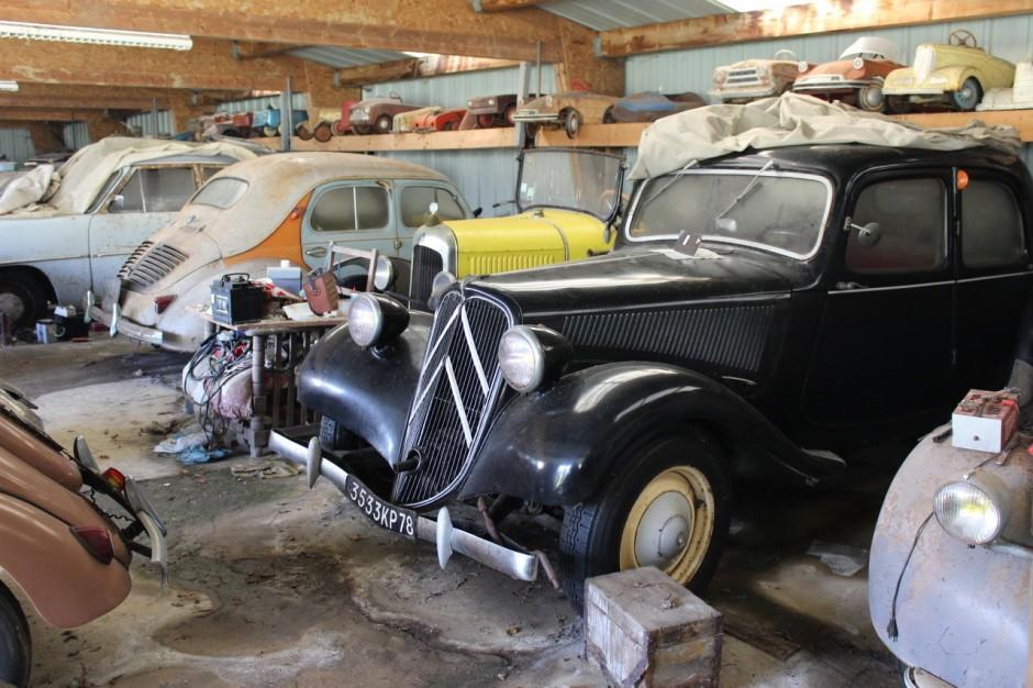 70 v hicules anciens retrouv s dans une grange en bretagne photo 5 l 39 argus. Black Bedroom Furniture Sets. Home Design Ideas
