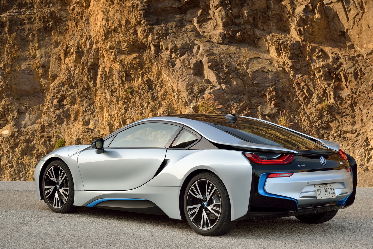 top 30 des ventes de coup s en france en 2015 18 bmw i8 95 ventes l 39 argus. Black Bedroom Furniture Sets. Home Design Ideas