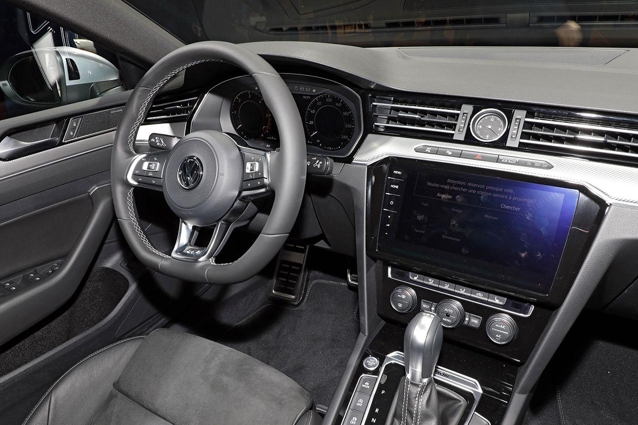 La Volkswagen Arteon Se D 233 Voile Au Salon De Gen 232 Ve 2017