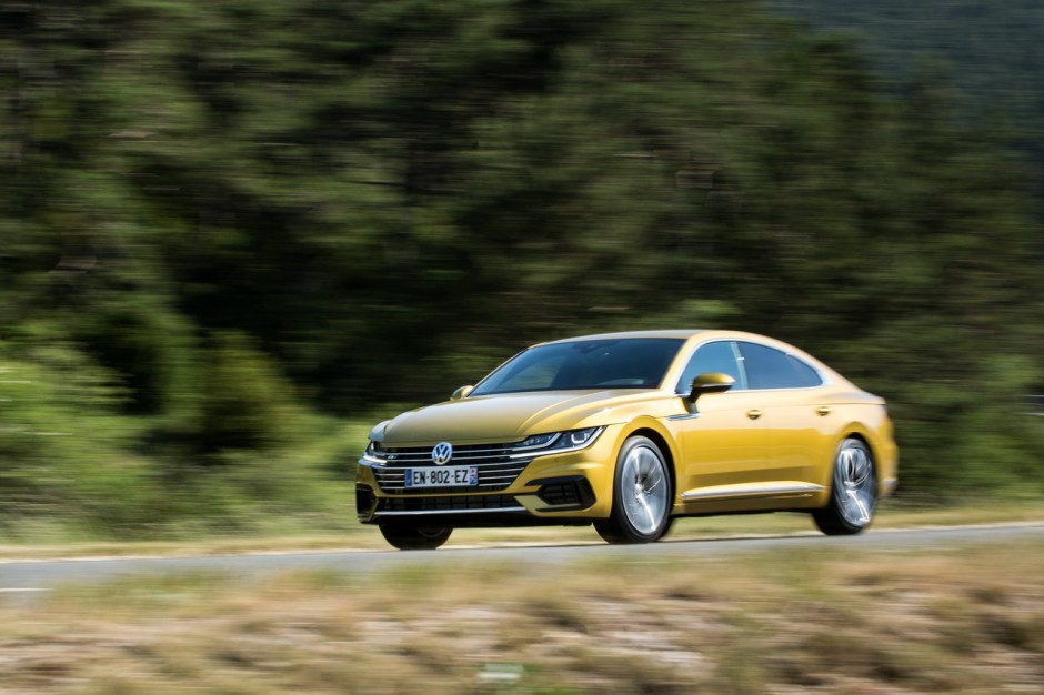 essai volkswagen arteon 2 0 tdi 240 ch le d sir au prix fort photo 4 l 39 argus. Black Bedroom Furniture Sets. Home Design Ideas