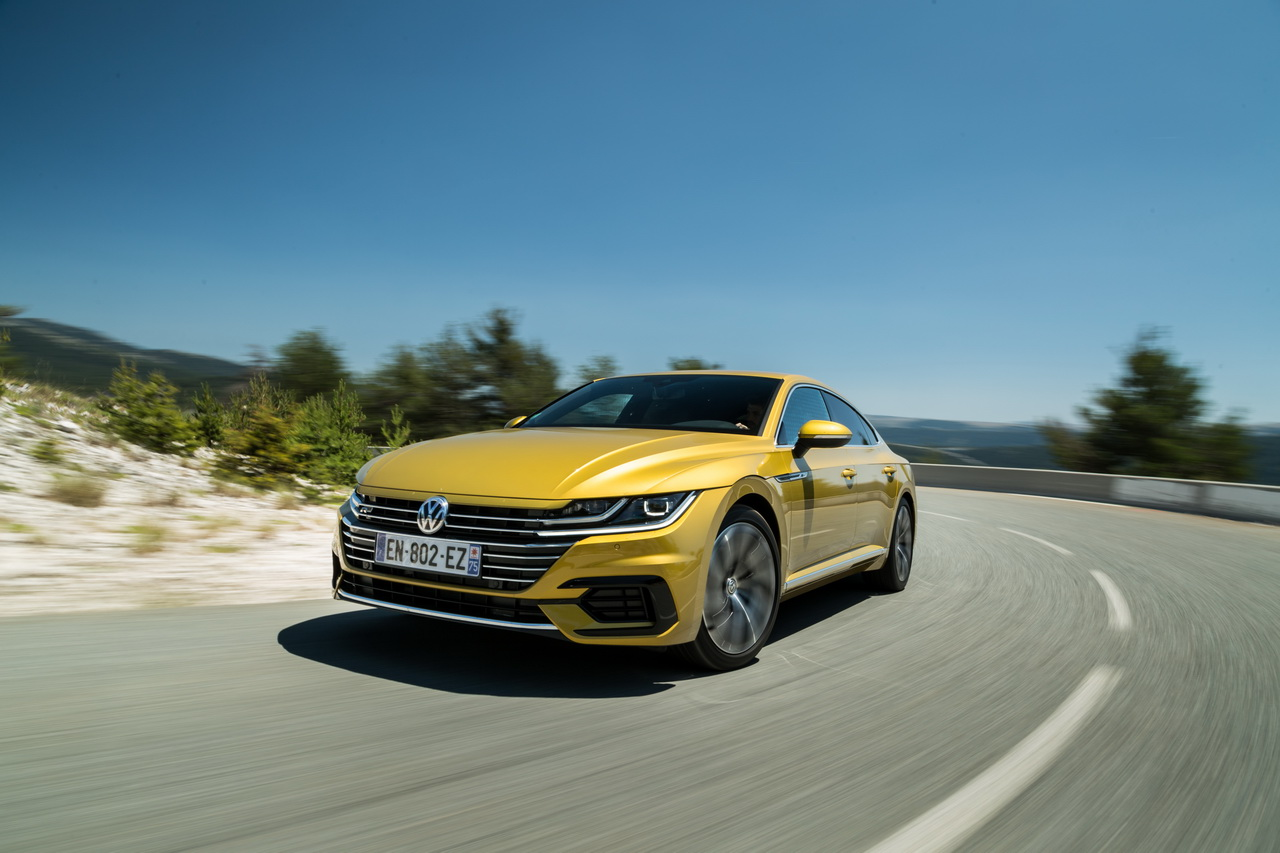 essai volkswagen arteon 2 0 tdi 240 ch le d sir au prix fort photo 18 l 39 argus. Black Bedroom Furniture Sets. Home Design Ideas