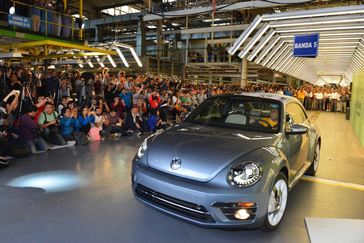 La dernière Volkswagen Coccinelle est sortie d'usine