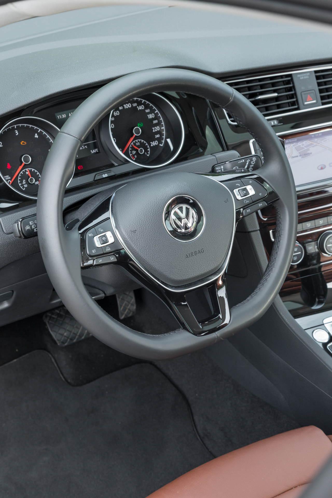 nouvelle peugeot 308 vs volkswagen golf vii le match diesel 150 ch photo 67 l 39 argus. Black Bedroom Furniture Sets. Home Design Ideas