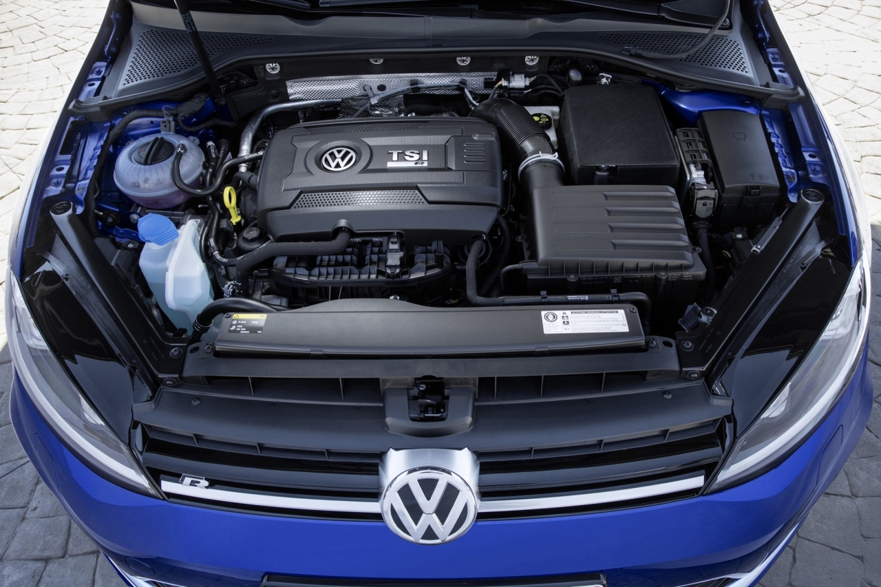 volkswagen golf r sw le break de 300 ch arrive en france photo 2 l 39 argus. Black Bedroom Furniture Sets. Home Design Ideas