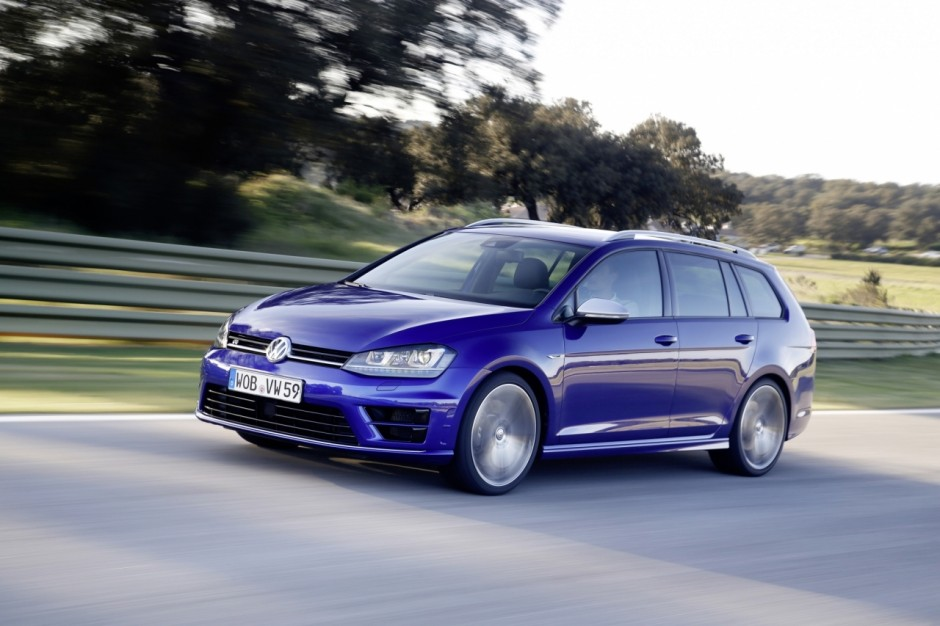 volkswagen golf r sw le break de 300 ch arrive en france. Black Bedroom Furniture Sets. Home Design Ideas