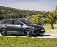 Volkswagen Golf SW GTD 2015 grise vue avant droite