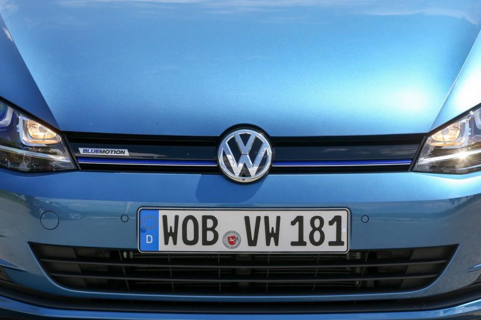 essai volkswagen golf 10 tsi bluemotion la golf essence. Black Bedroom Furniture Sets. Home Design Ideas