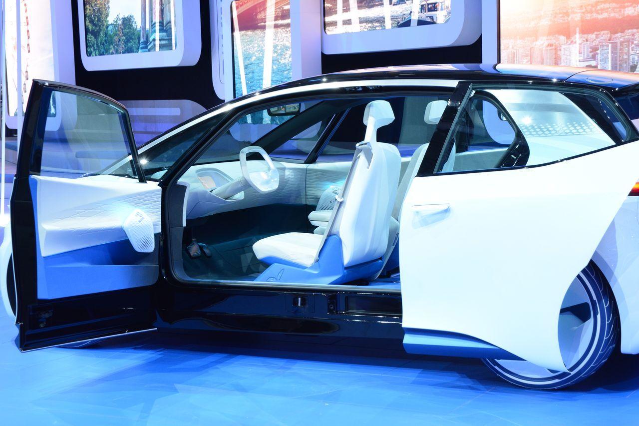 Volkswagen i d concept la future bmw i3 de vw une for Garage volkswagen paris 13