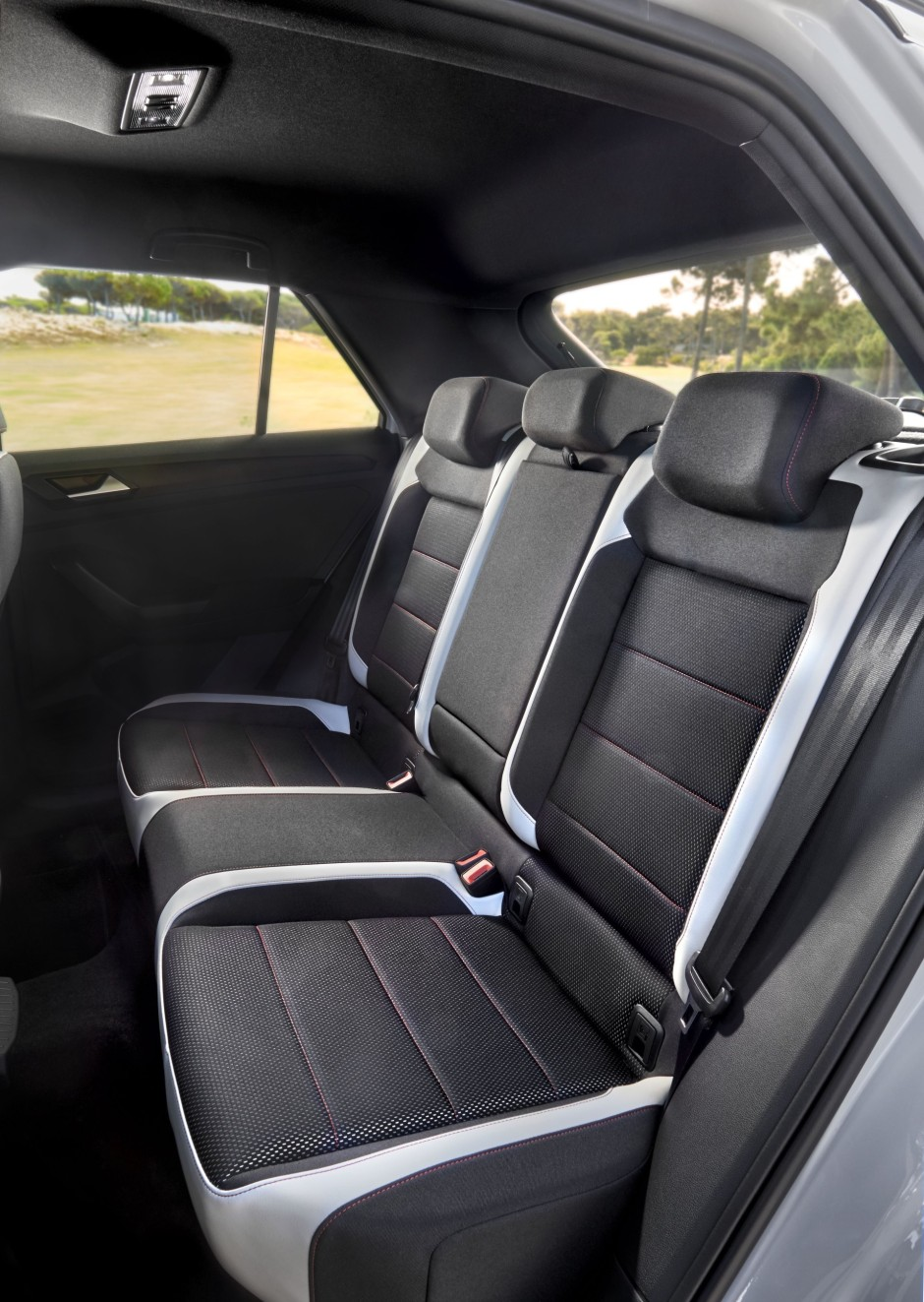 volkswagen t roc 2017 premier essai du nouveau suv de volkswagen photo 13 l 39 argus. Black Bedroom Furniture Sets. Home Design Ideas