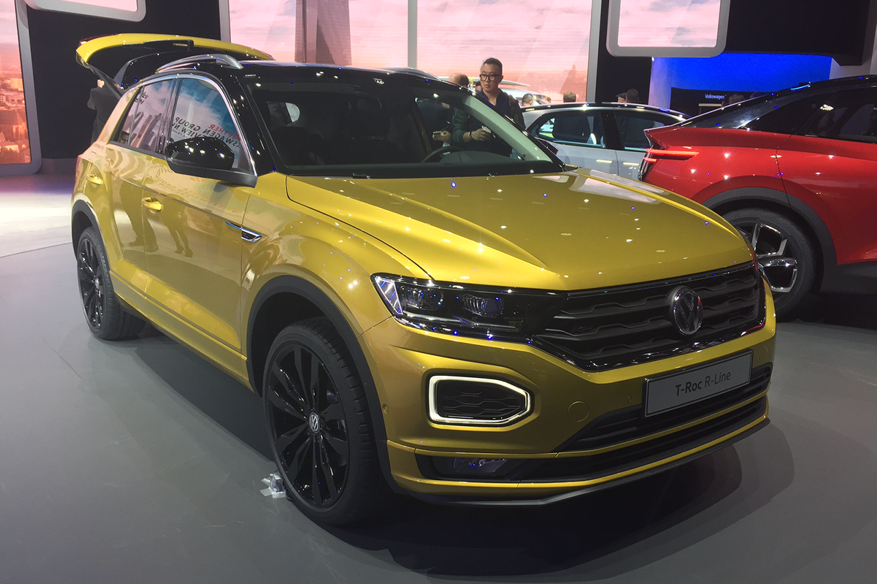 volkswagen t roc r line le suv t roc en surv tement francfort photo 11 l 39 argus. Black Bedroom Furniture Sets. Home Design Ideas