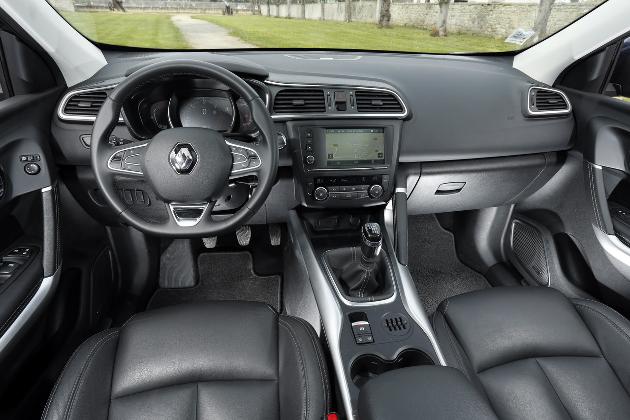 essai volkswagen tiguan 2 le nouveau tiguan d fie le renault kadjar photo 74 l 39 argus. Black Bedroom Furniture Sets. Home Design Ideas