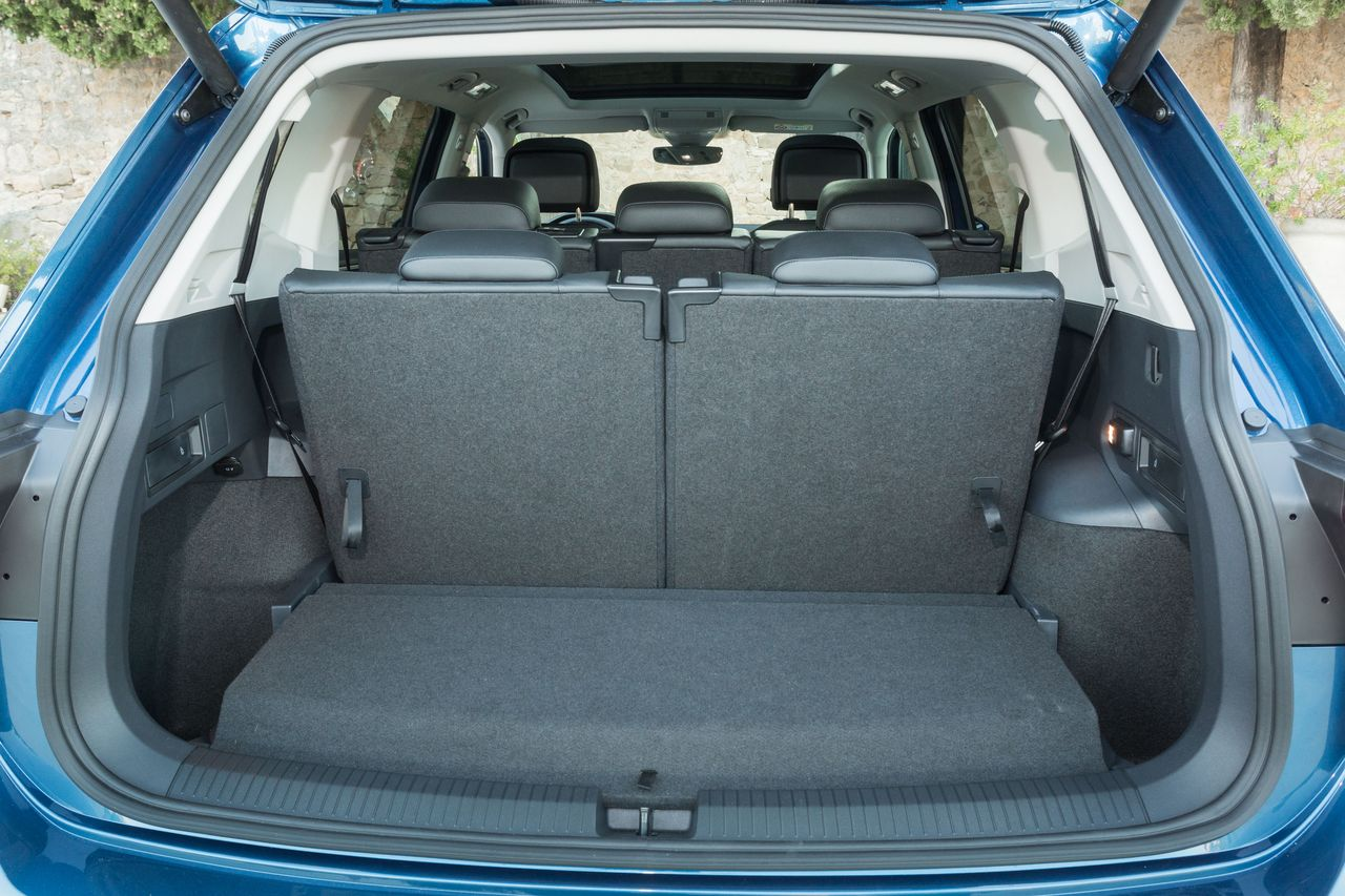 volkswagen tiguan allspace tdi 150 le tiguan des grandes. Black Bedroom Furniture Sets. Home Design Ideas