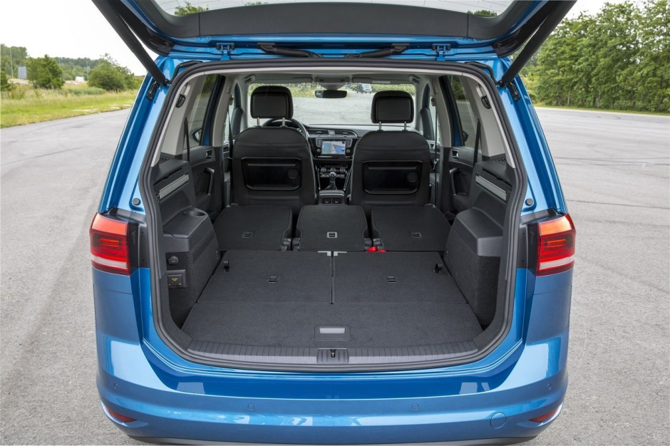 essai du nouveau volkswagen touran 2015 un cran plus haut photo 22 l 39 argus. Black Bedroom Furniture Sets. Home Design Ideas