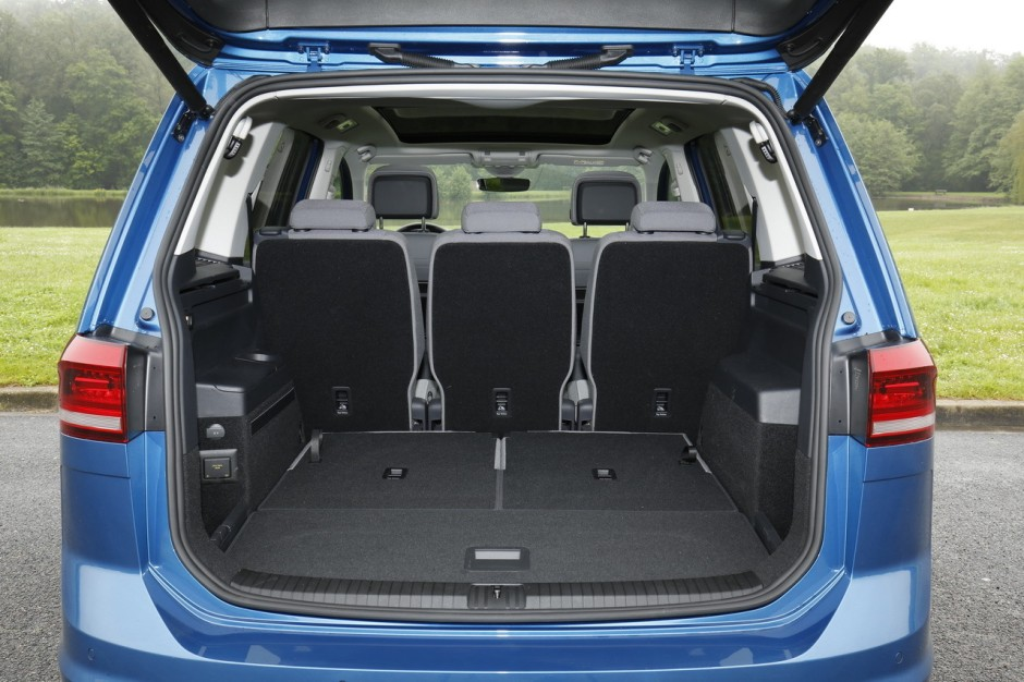 essai volkswagen touran 1 6 tdi dsg7 le juste compromis photo 13 l 39 argus. Black Bedroom Furniture Sets. Home Design Ideas