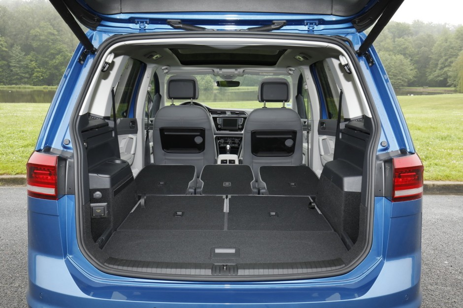 essai volkswagen touran 1 6 tdi dsg7 le juste compromis photo 16 l 39 argus. Black Bedroom Furniture Sets. Home Design Ideas