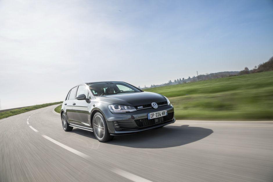 Peugeot 308 gt bluehdi 180 vs vw golf gtd le match des for Argus koleos