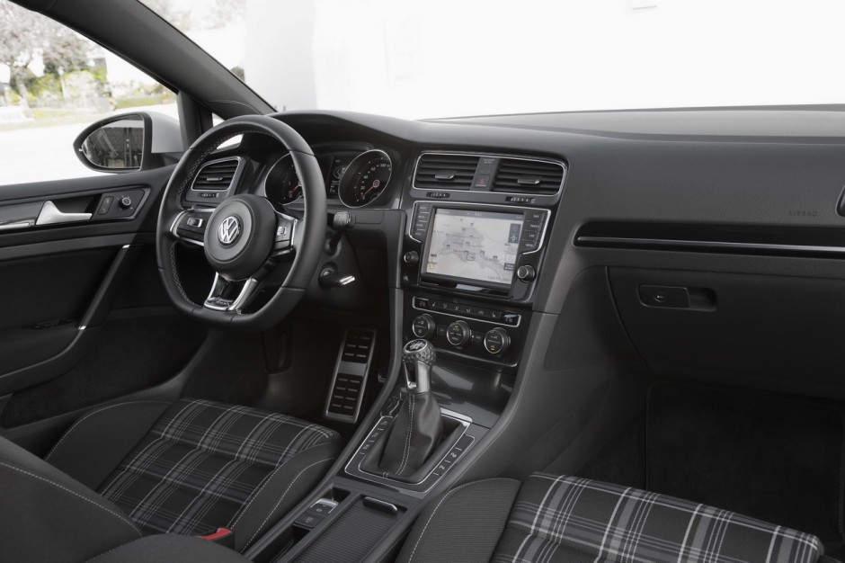 essai volkswagen golf sw gtd 2015 184 ch dans un break golf diesel photo 7 l 39 argus. Black Bedroom Furniture Sets. Home Design Ideas