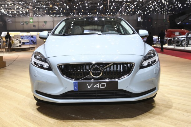 volvo v40 restyl e en toute discr tion l 39 argus. Black Bedroom Furniture Sets. Home Design Ideas