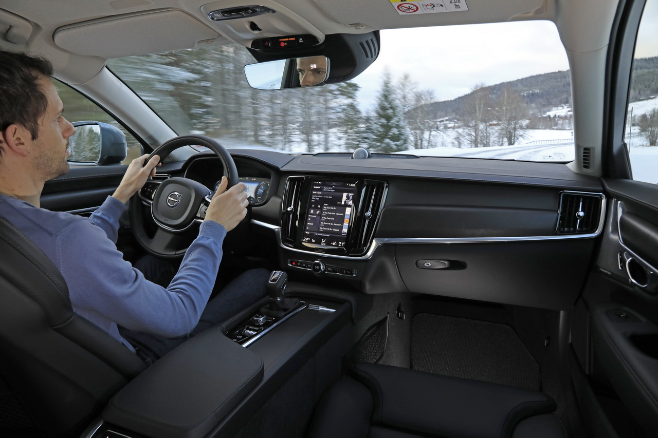 essai volvo v90 cross country notre test du nouveau break su dois photo 18 l 39 argus. Black Bedroom Furniture Sets. Home Design Ideas