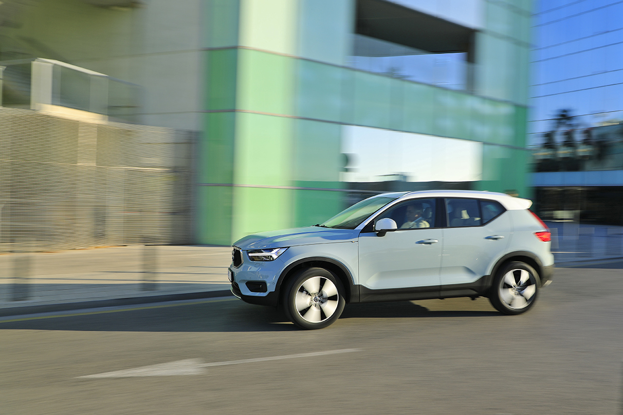volvo xc40 d4 awd premier essai du suv compact de volvo photo 10 l 39 argus. Black Bedroom Furniture Sets. Home Design Ideas