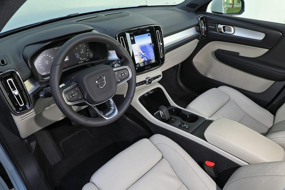 Volvo Xc40 D4 Awd Premier Essai Du Suv Compact De Volvo