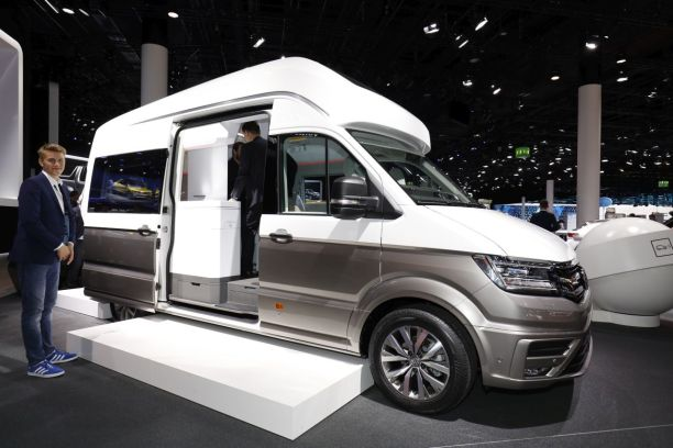 volkswagen california xxl le camping car paradis est francfort l 39 argus. Black Bedroom Furniture Sets. Home Design Ideas